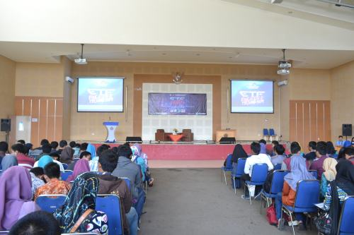 Suasana Aula Pertamina Polinema saat Seminar Education and Techno Fair (25/10).