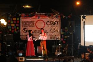 Acara Concert Emphaty Theatrisic (Ceret) yang dilaksanakan di depan Graha Polinema oleh UKM Theatrisic