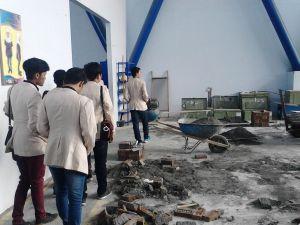(13/03), Peserta studi banding melihat kegiatan workshop di Jurusan teknik Sipil Polinema