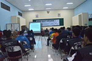Suasana Focuss Group Discussion di Wisma Bimasakti yang diikuti oleh perwakilan 42 Politeknik se-Indonesia