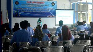 Suasan kegiatan Karya Ilmiah Mahasiswa (KIM) oleh UKM PP