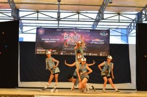Penampilan 'Baby Badass', juara pertama kategori Modern Dance Mixed with Traditional Moves dari Malang.