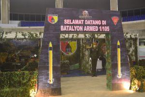Pameran stand persenjataan TNI di Graha Polinema.